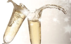 Toasting_champagne